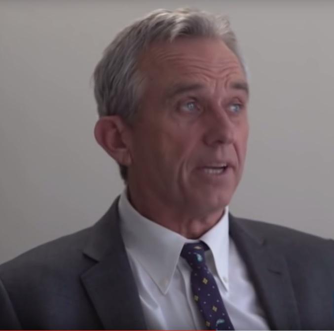Роберт Кеннеди-младший о вакцинации, чиновниках из CDC и фармацевртической мафии