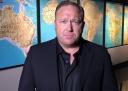 Газовая провокация в Сирии: мнение основателя «Infowars» Алекса Джонса