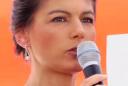 Сара Вагенкнехт: ЕС может усилить санкции против США в случае войны в Иране